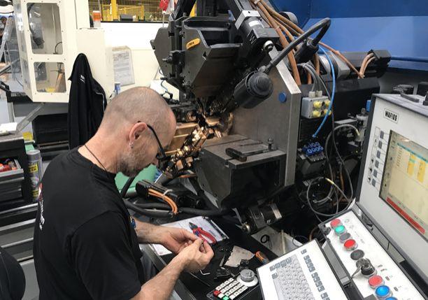 Ronald / Technische verenfabriek AVEK